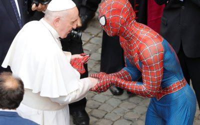 Su amigo y vecino Spider-Man